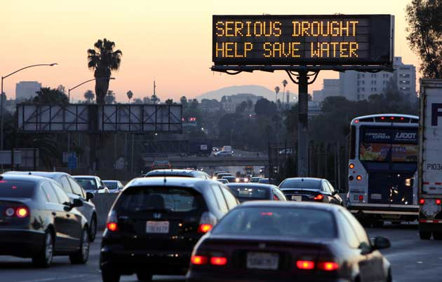 los angeles freeway save water sign